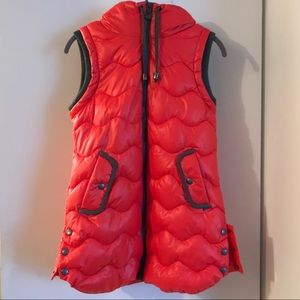 New Without Tags: Hooded Puffer Vest